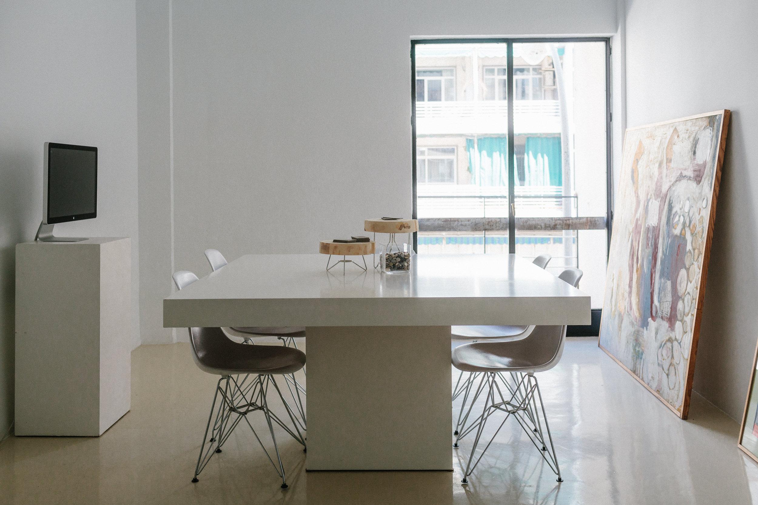 Room 8 espacio industrial Sevilla